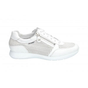Baskets MOLLY PERF blanches